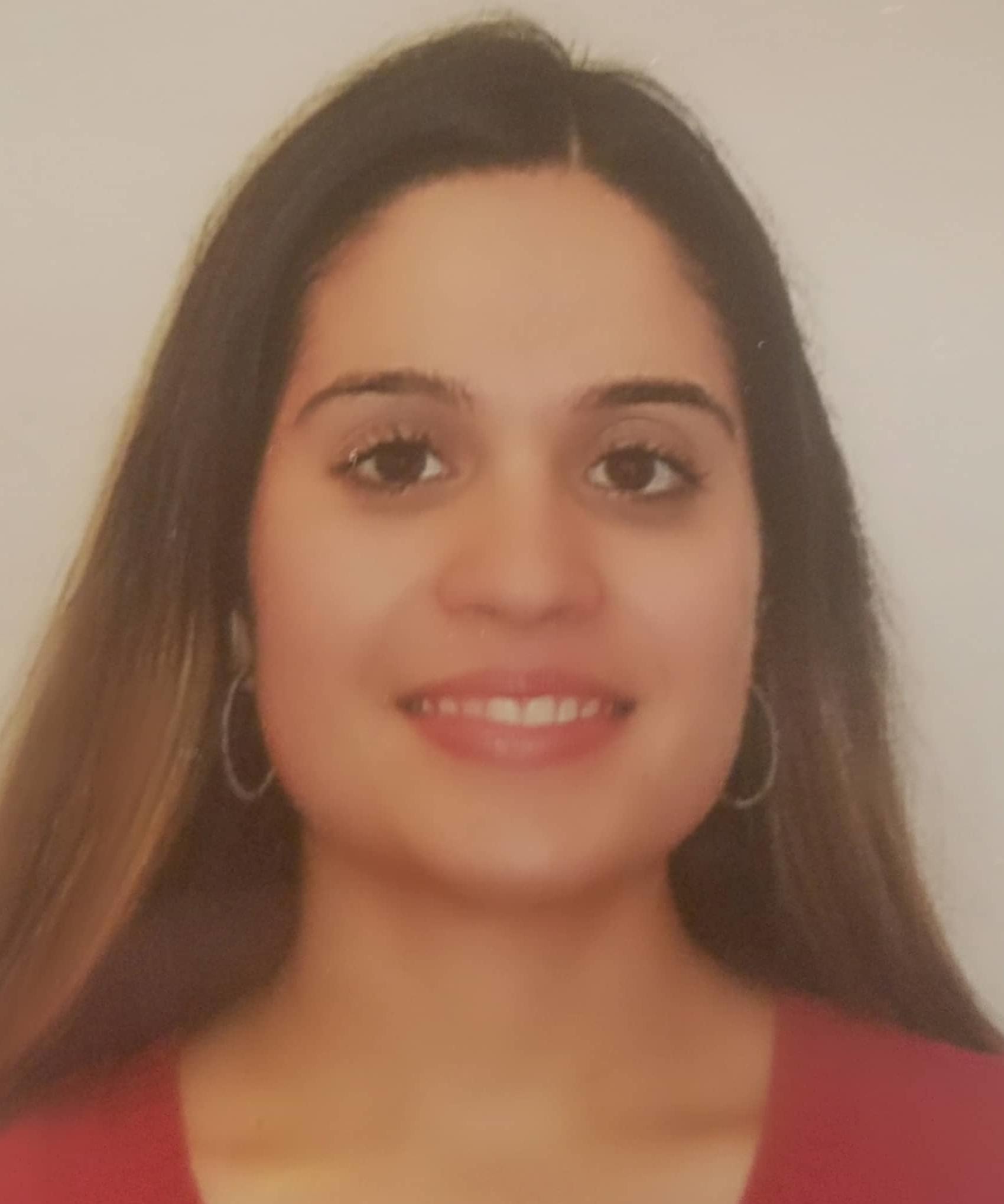 Scholarship recipient Stehanie Santos
